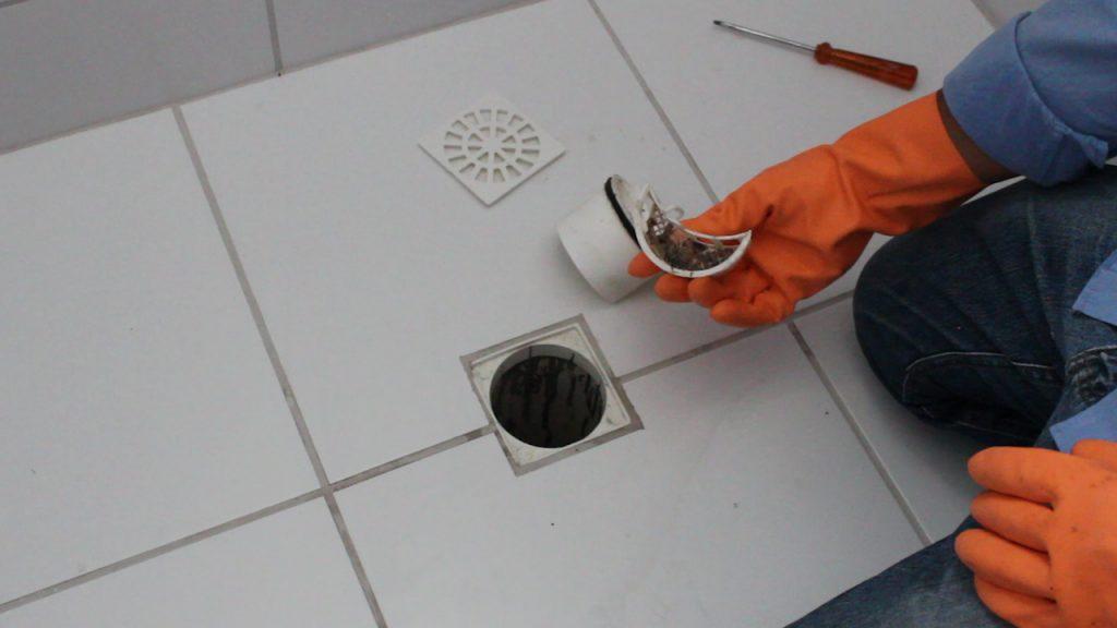 Como Limpar O Ralo Do Banheiro Cmo Com Você